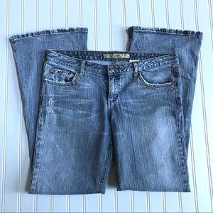 2/$30 Women's Mudd Jeans Size 11